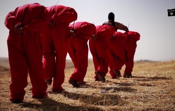 Estado Islámico ha ejecutado a más de 3.000 personas en Siria en su primer año de 'califato'