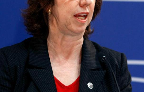Ashton dice que la UE trabajará en favor de la desnuclearización de Oriente Medio