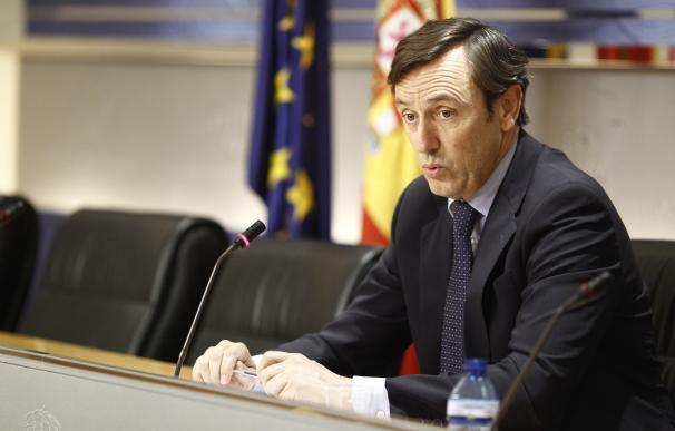 """Hernando (PP) avisa a Mas: """"Quién se salte la ley se acabará dando con los dientes en la barra"""""""