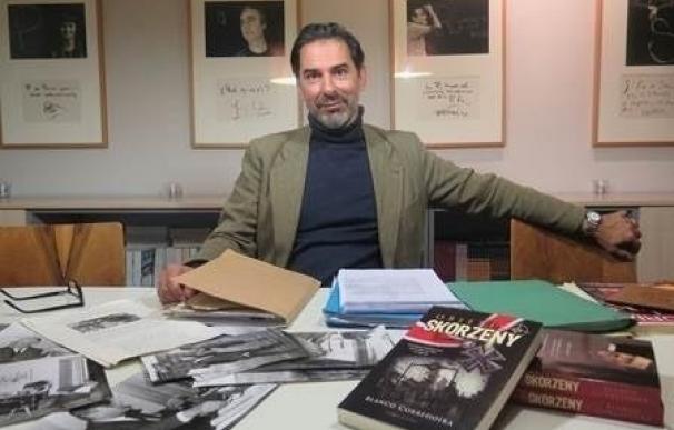 """Blanco Corredoira presenta 'Objetivo Skorzenzy', una novela sobre """"el que fue el hombre más peligroso de Europa"""""""