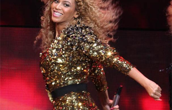 Beyoncé regala a su hermana 25 pares de zapatos de diseño