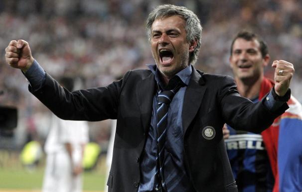 """Moratti confirma que Mourinho deja el Inter y que """"piensa en el Real Madrid"""""""