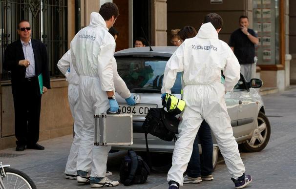 La mujer hallada muerta en Castellón presentaba un corte en el cuello hecho con una catana