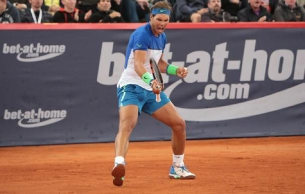 Nadal pasa con comodidad a semifinales en Hamburgo tras ganar al uruguayo Pablo Cuevas