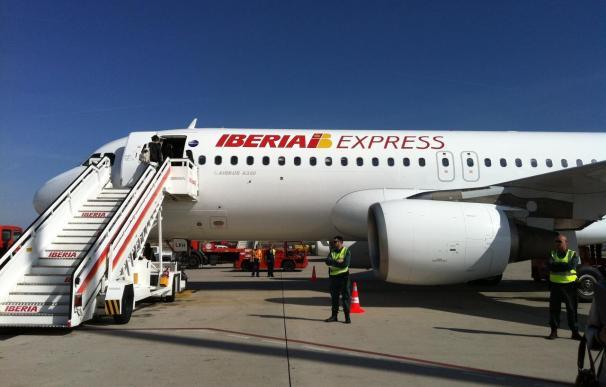 Suspendidos doce vuelos entre Bilbao y Madrid por la huelga de pilotos de Iberia