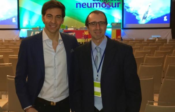 David Meca expone en el XLIII Congreso de Neumosur cómo un deportista convive con el asma