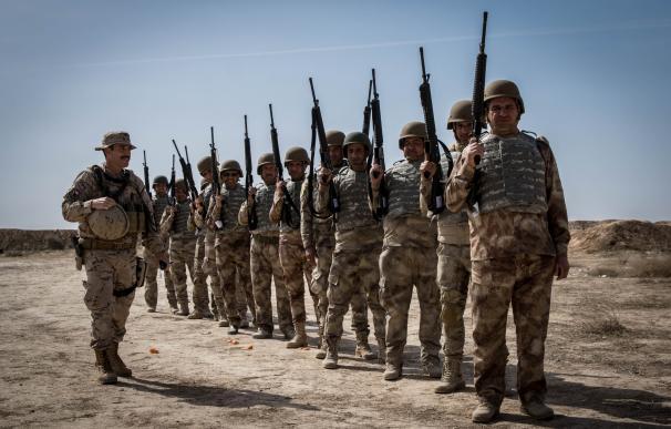 """El Ejército instruye en Besmayah a 4.600 policías iraquíes para """"asegurar"""" el terreno """"ganado"""" al DAESH"""