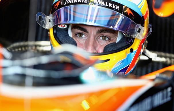 Fernando Alonso durante la sesión de clasificación en el GP de Australia.