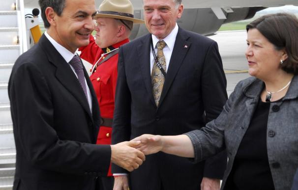 Zapatero defiende su reforma laboral y de cajas y los cambios en las pensiones