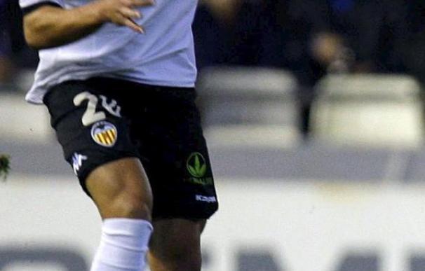 Vicente y Alba realizaron parte del entrenamiento y Alexis no sufre lesión