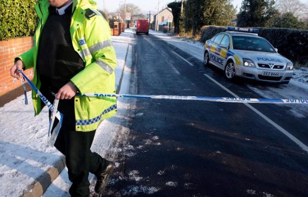 Explota un coche bomba cerca de un juzgado en Irlanda del Norte