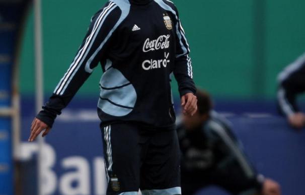 El entrenador del Manchester City dice que Tévez regresará de Argentina para enfrentarse al Chelsea este sábado