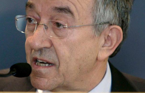F.Ordóñez pide a las entidades y a las CCAA que no retrasen más las fusiones