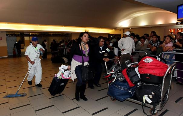 Ecuador estudia crear seguro aéreo para evitar perjuicios como Air Comet