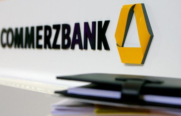 Commerzbank pierde 4.500 millones euros en 2009 por el Dresdner Bank