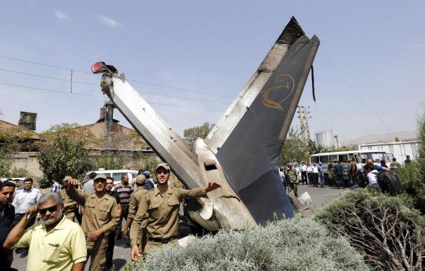 Imagen del avión siniestrado ayer en Teherán