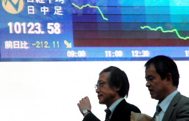 El Nikkei baja 96,87 puntos, el 0,95 por ciento, hasta los 10.101,96 puntos