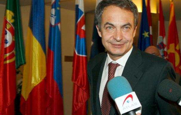 """Zapatero afirma que se sentiría """"muy orgulloso"""" si hubiera nacido en Galicia"""