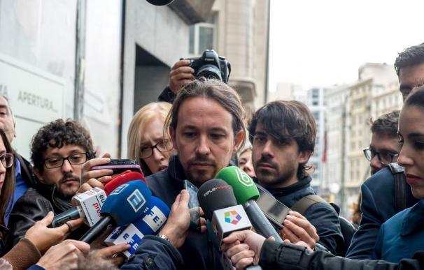 El secretario general de Podemos, Pablo Iglesias, a su llegada al Consejo Ciudadano de Podemos.