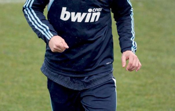 El Real Madrid recupera a Guti pero sigue sin contar con Benzema ni Drenthe