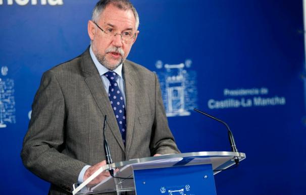 La Junta suspende las reuniones de traspaso de poderes por la actitud del PP