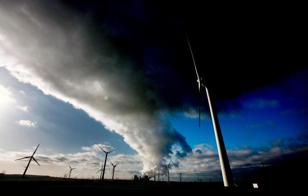 La generación eólica bate un nuevo récord que obliga a reducir su producción