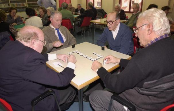 La pensión media de jubilación fue de 877,12 euros en febrero, el 3,5% más
