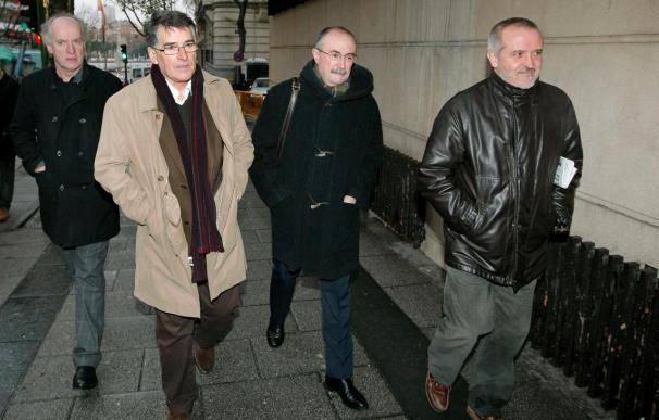 El Parlamento vasco desea que se absuelva a los imputados del caso Egunkaria