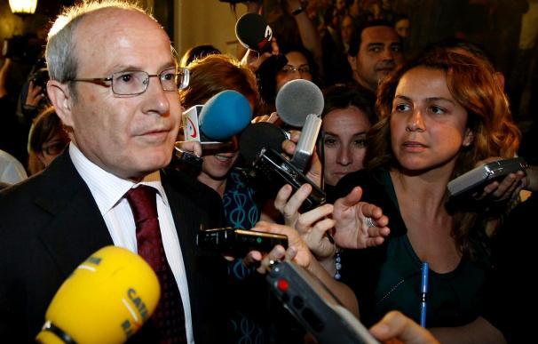 Montilla rechaza reducir miembros del Govern para recortar gastos