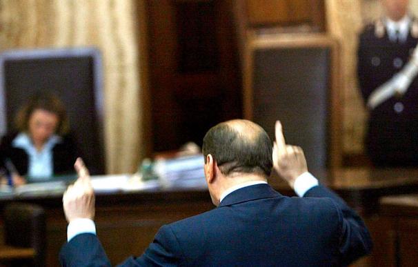 El Supremo italiano declara prescrito el delito de corrupción del ex abogado de Berlusconi