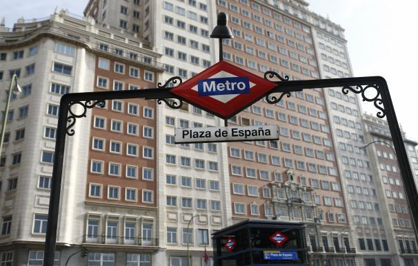 Carmena confirma que se sigue trabajando con Wanda y que no conocen las intenciones de vender el Edificio España