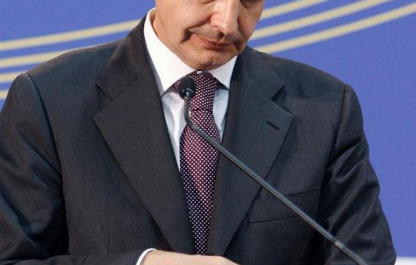 La presidencia española encara el último mes centrada en atajar la crisis