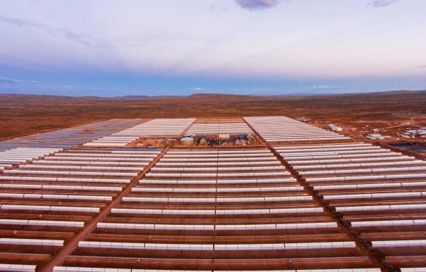 Acciona y Sener construyen una segunda planta termosolar en Sudáfrica por 500 millones