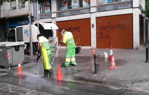"""La Generalitat exige a Colau """"liderar"""" soluciones para acabar con los disturbios en Gràcia"""