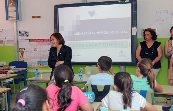La Junta fomenta la formación para proteger a los menores de los riesgos de las tecnologías