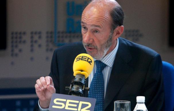 Rubalcaba asegura que si Gómez gana las primarias sería una rémora para él y para el partido
