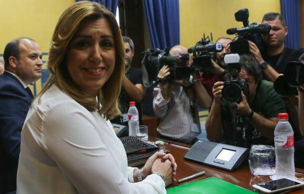"""Susana Díaz ve un """"honor"""" acudir a la comisión de formación y espera que sus conclusiones sirvan """"fuera de Andalucía"""""""