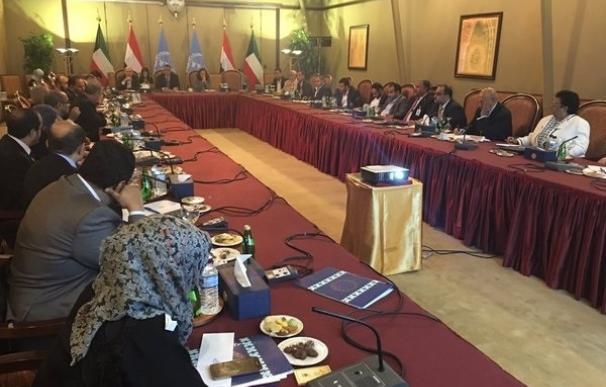 Las delegaciones de paz de Yemen presentan a la ONU una lista de más de 6.300 detenidos