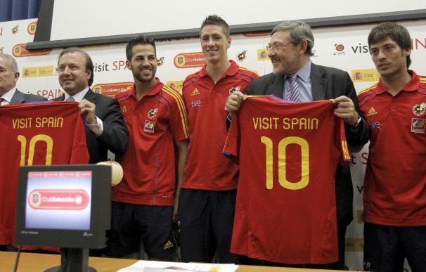 La selección española y Turismo unen sus fuerzas