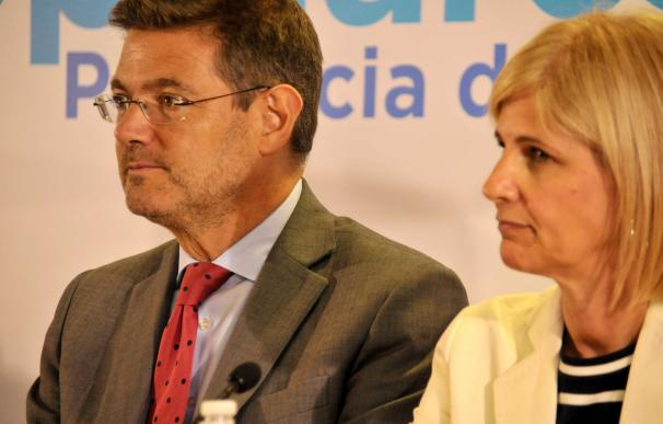 """Catalá ve """"contrario a la tradición democrática del PSOE"""" que se sume """"con la izquierda radical"""" contra el TC"""