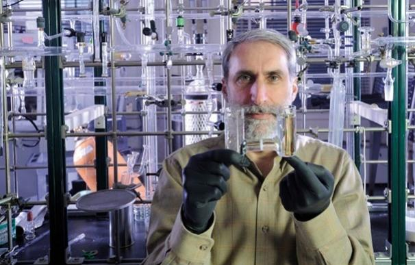 Una bacteria de diseño consume CO2 e hidrógeno para excretar fuel