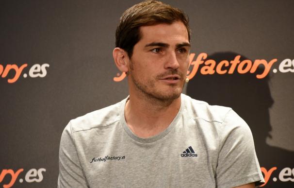 """Casillas: """"Todo el que haya jugado en el Real Madrid se merece una despedida como la de Arbeloa"""""""