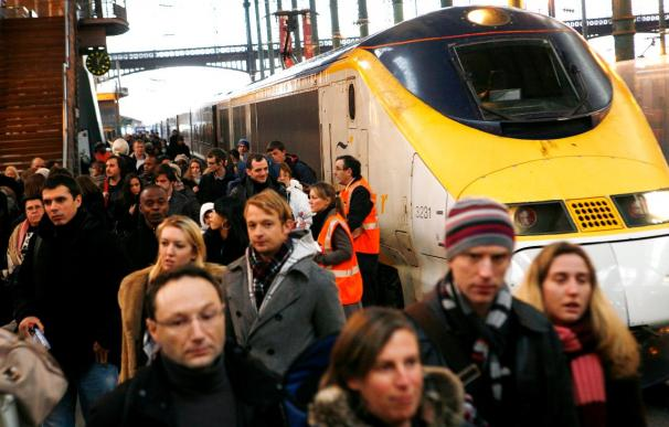 Un fallo de un tren de Eurostar obliga a rescatar a los pasajeros