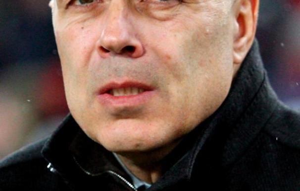 """El entrenador del Vf Stuttgart afirma que """"contra el Barcelona no tenemos nada que perder"""""""