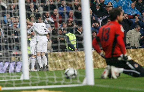 El Real Madrid responde al Barcelona y sigue a dos puntos
