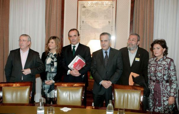 Aído y Alonso abogan por acabar con la brecha salarial por justicia y eficacia
