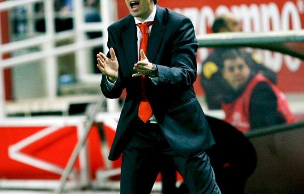 Emery convoca a dieciocho jugadores, cinco de ellos defensas