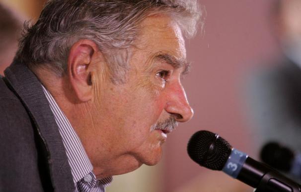 Mujica, forzado a lograr pactos con el heterogéneo bloque oficialista