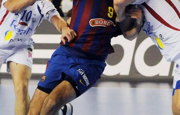 27-37. El Barcelona encarrila el liderato en un partido plácido al ganar en León