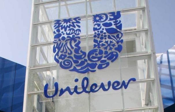 Unilever logra ahorrar 2,5 litros de agua por cada habitante del planeta